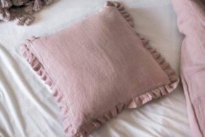 Linen cushion with flounce