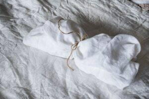 Linen bedsheet white