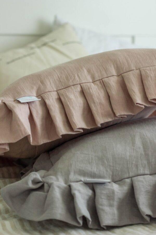 lniana poduszka z falbaną