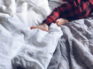 co zrobić, żeby dziecko przespało całą noc
