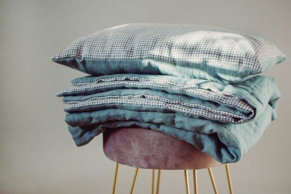 Linen bedspreads duck egg blue/plaid
