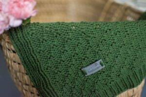 Woven cotton blanket green