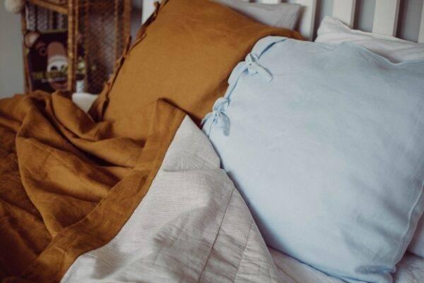 Linen bedcover