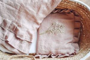 Linen bedding with flounces