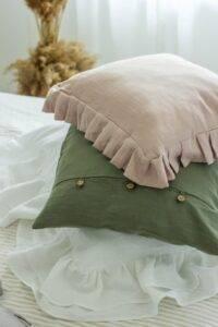 lniana poszewka na poduszkę z guzikami eukaliptus